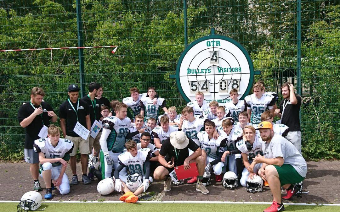 Teamfoto Bullets B-Jugend vs Crayfish 01.07.2018 mit Endstand